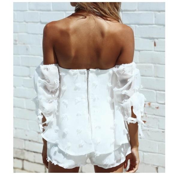c700a790e11e7 adorable summer 2 piece off shoulder set 壟✨⭐ 